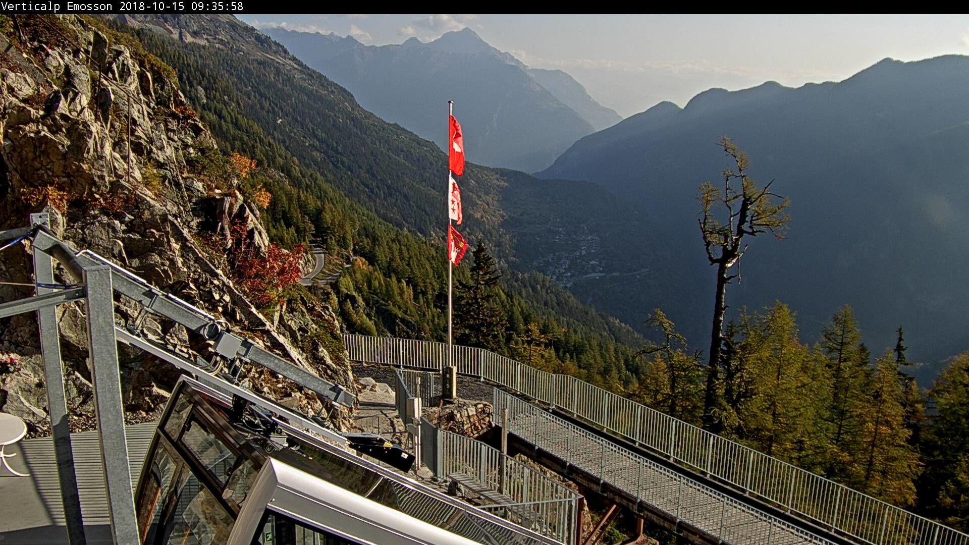 VerticAlp Emosson - webcam Les Montuires 1825m